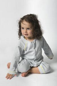 Baby- und Kleinkind Schlafanzug unisex aus reiner Bio Baumwolle kbA - green astronaut