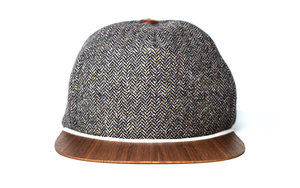 Cap grau meliert mit edlem Holzschild - Made in Germany - Sehr bequem - Lou-i