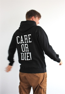Kapuzenpullover - CARE OR DIE - schwarz - Avocado Store