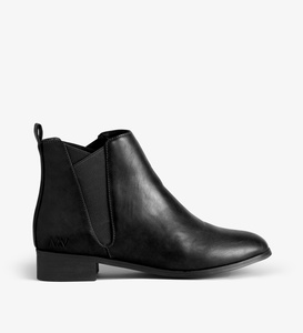 Joliette Chelsea Boot - Black - Matt & Nat