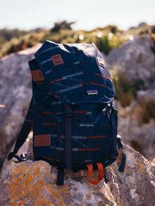 Arbor Pack 26L - Elwha Ikat - Navy Blue - Patagonia