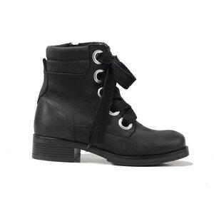 Marta Black - shoemates