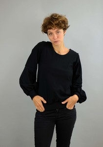 Baumwollpullover Caro mit Ballonärmeln in schwarz - ManduTrap