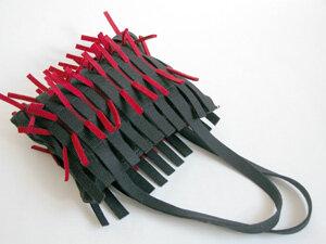 Tasche 'Igeltasche' schwarz/rot - werkstatt-design