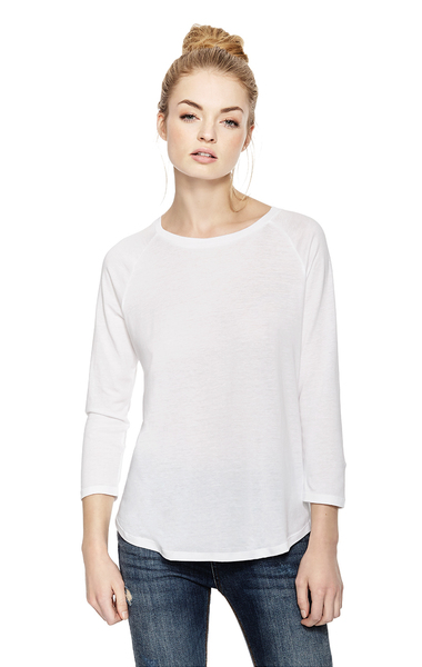 An increasingly popular alternative to cotton, Tencel is making waves among eco-conscious individuals, who speak highly of its transparent supply chain, its sustainable production, its resistance to wrinkles, and the comfort it lends in a variety of climates.