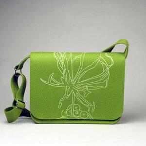 Laptoptasche 'Gloriosa/maigrün' groß mit Henkel - werkstatt-design