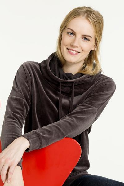 shirts for life nicki sweatshirt lavine avocadostore. Black Bedroom Furniture Sets. Home Design Ideas