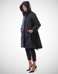 Maria Coat / 0002 Recycled Fischernetz Econyl / Minimal - Re-Bello