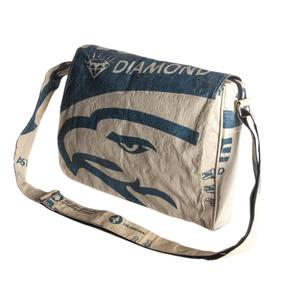 Messenger 'Bagup' - aus Zementsack - Upcycling Deluxe