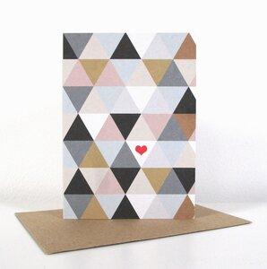 "Grußkarte ""Dreiecke mit Herz"" - ava&yves"
