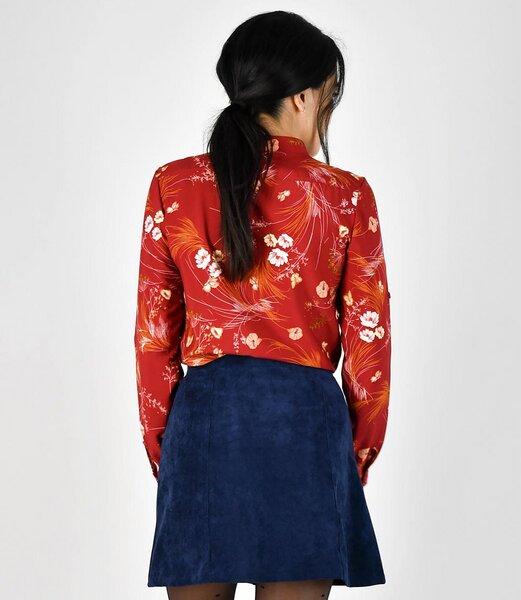 fr ulein stachelbeere rote bluse mit floralem muster avocadostore. Black Bedroom Furniture Sets. Home Design Ideas