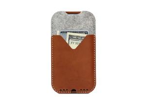 iPhone Xs / X (5,8') Schutzhülle KIRKBY - Pflanzlich gegerbtes Leder - Pack & Smooch