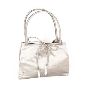Handtasche mit Quasten aus Seide - Schönes aus Indochina