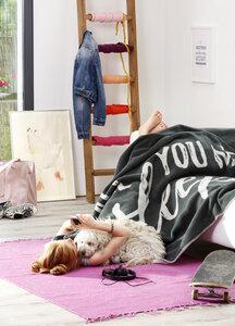 Trendige Kinder und Jugenddecke  Yong & Fancy  All you need  150 x 200 cm  - biederlack