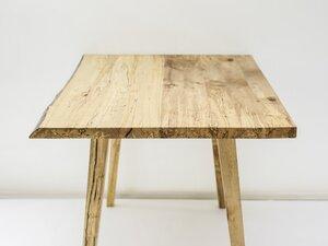Holzschreibtisch Unikat Birke mit Baumkante - Möbelmanufaktur Potsdam