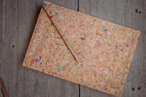 Cork Laptop Case 13 -14 inch - Vegan: Kork-Laptop Hülle, MacBook Tasche 13 - 14 Zoll (colour dot) - Cork bag - By Copala