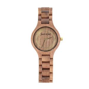 Handgefertigte Walnussholz Armbanduhr - fesch & fair