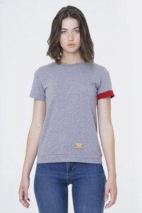 Lulo - T-Shirt mit Öffnung am Rücken - Fabbrikka
