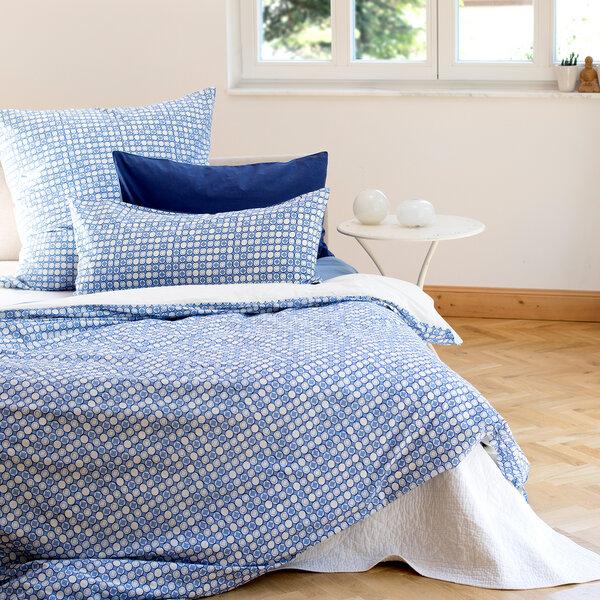 people wear organic kopfkissenbezug wei blau avocadostore. Black Bedroom Furniture Sets. Home Design Ideas