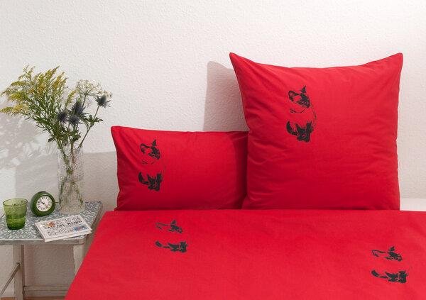 hirschkind handbedruckte bio bettw sche 39 katze 39 in rot. Black Bedroom Furniture Sets. Home Design Ideas
