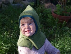 Kinder Schalmütze, moosgrün /rot /saphirblau, zum öffnen - MIRRORMONKEY