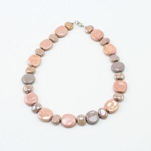 Collier 'Stockrose', Kazuri-Keramikperlen, handgeformt und -bemalt - steinfarben