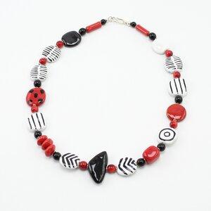 Halskette 'Mikado', Kazuri-Keramikperlen, handgeformt und -bemalt - steinfarben