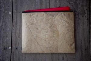 Laptop Hülle aus Blättern 13-14 Zoll/ inch - Vegan, wasserabweisend - By Copala