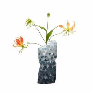 Paper Vase Cover Grey Gradient - klein - Pepe Heykoop