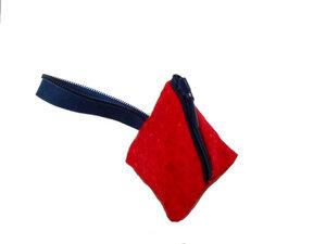 Schlüsselanhänger-Tasche Red Sky, Upcycling von Leesha - Leesha