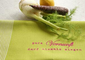 Handgewebtes Fair-Trade-Geschirrtuch 'Pure Vernunft darf niemals siegen' grün - Hirschkind