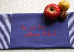 """Handgewebtes Fair-Trade-Geschirrtuch """"her mit dem schönen leben!"""" blau - Hirschkind"""