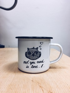 owl you need is love Emailletasse / Emaillebecher - ilovemixtapes