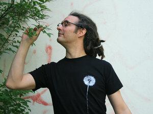Fair-Trade Bio-Männershirt 'Pusteblume' - Hirschkind