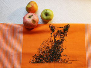 "Fair-Trade-Geschirrtuch ""Junger Fuchs"" orange - Hirschkind"