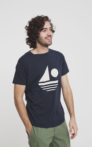 Sailing T-Shirt - Blue Total Eclipse - thinking mu