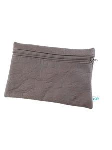 Tasche aus braunem Leder für Stifte und Büroaccessoires - Süßstoff