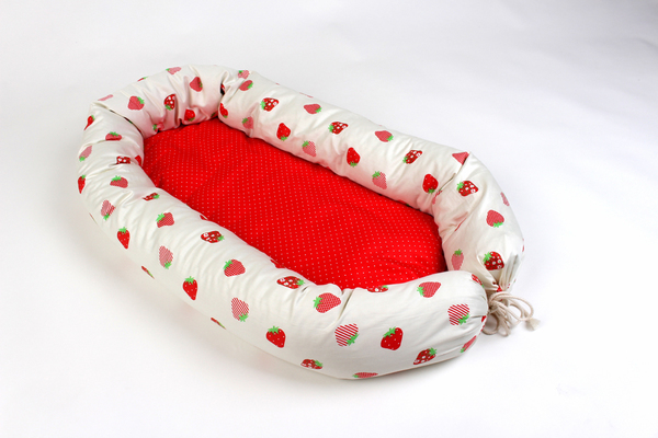 Babynest-reisebettchen-kokon Desing Erdbeere Vielseitig Verwendbar