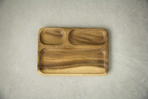 Holz Teller , Tablett, Sushi Platte, handgefertigt aus Akazienholz - BY COPALA