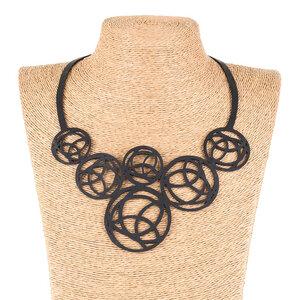 Neptune handgefertigte Halskette aus recyceltem Reifenschlauch - SAPU