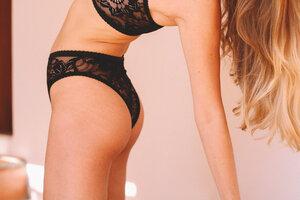 Freya High Leg Black - Nette Rose