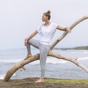 Shirt Lucy, white - Jaya