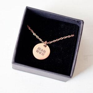 """Halskette """"MOM WOW"""" aus vergoldetem Edelstahl inkl. Box - Oh Bracelet Berlin"""