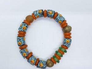 Orangefarbiges Perlenarmband SUDANESE ORANGE PEINTURE  - PEARLS OF AFRICA