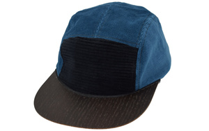 Cord Cap mit edlem Holzschild - Made in Germany - Lou-i