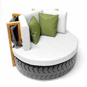 Outdoor Lounge Chair - Uptyred