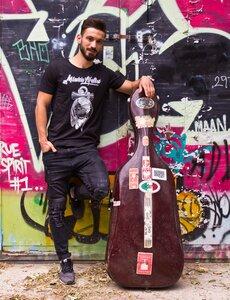 Anker&Sonne Herren Organic cotton T-Shirt schwarz - MISSION LIFELINE