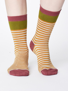 Socken - WALLA SOCKS - Mustard - Thought | Braintree