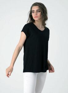 Basic T-Shirt aus Bio Baumwolle mit V-Ausschnitt - ORGANICATION