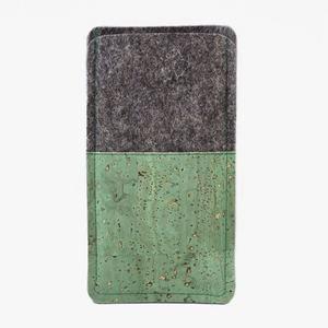 Handytasche aus Wollfilz und grünem Kork  - Made by 11-lein